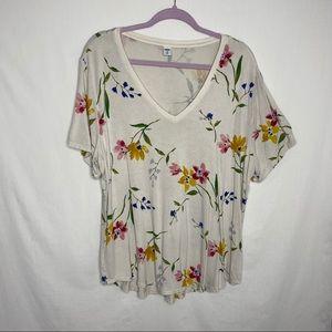 Old Navy v neck floral t shirt XXL